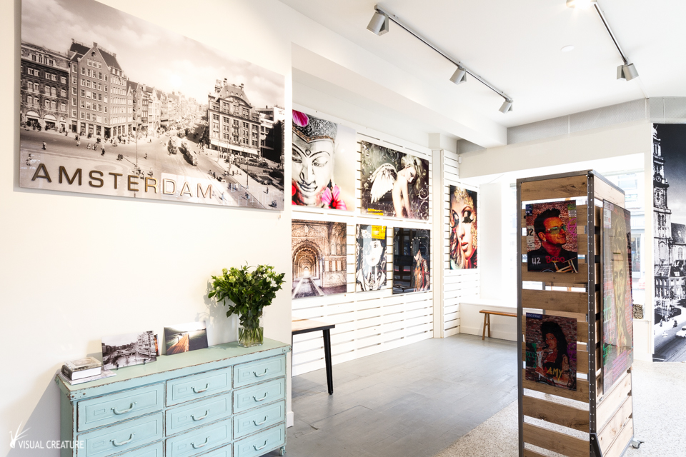 Interior shot of art gallery store EXPOOZE store in Amsterdam