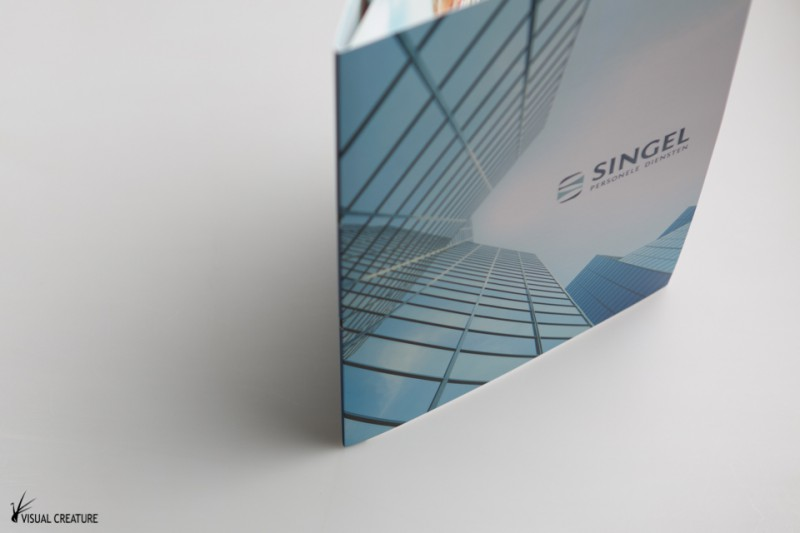 A complete brochure set design for Singel Personele Diensten